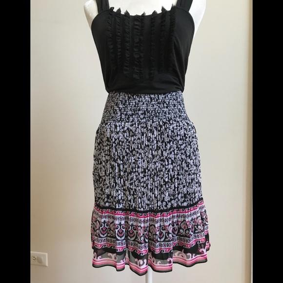 White House Black Market Dresses & Skirts - White House Black Market Micro Pleated Skirt